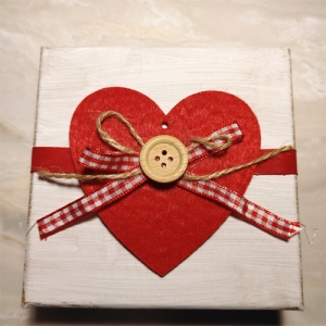 Bio-Seifen Herzen Holzschachtel